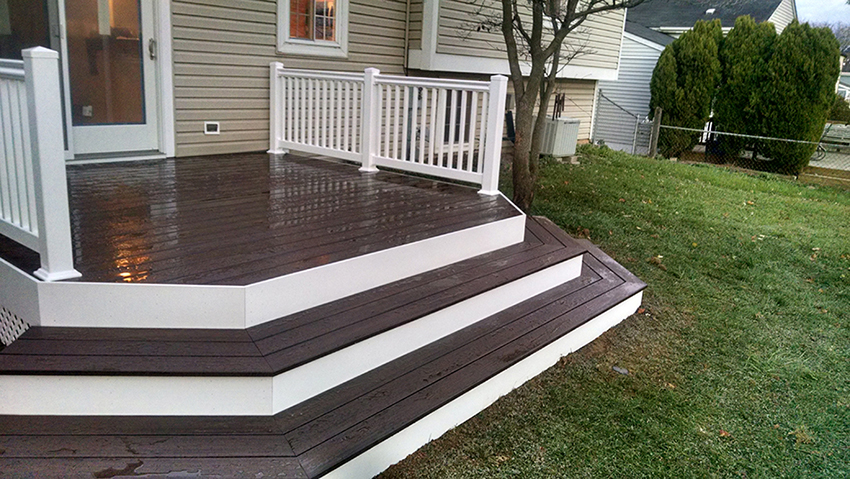 Deck design spotlight platform decks for Platform deck plans