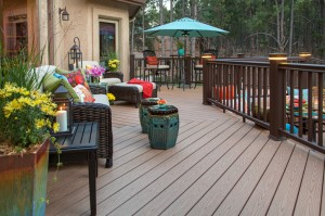 How To Know If You Need A New Deck