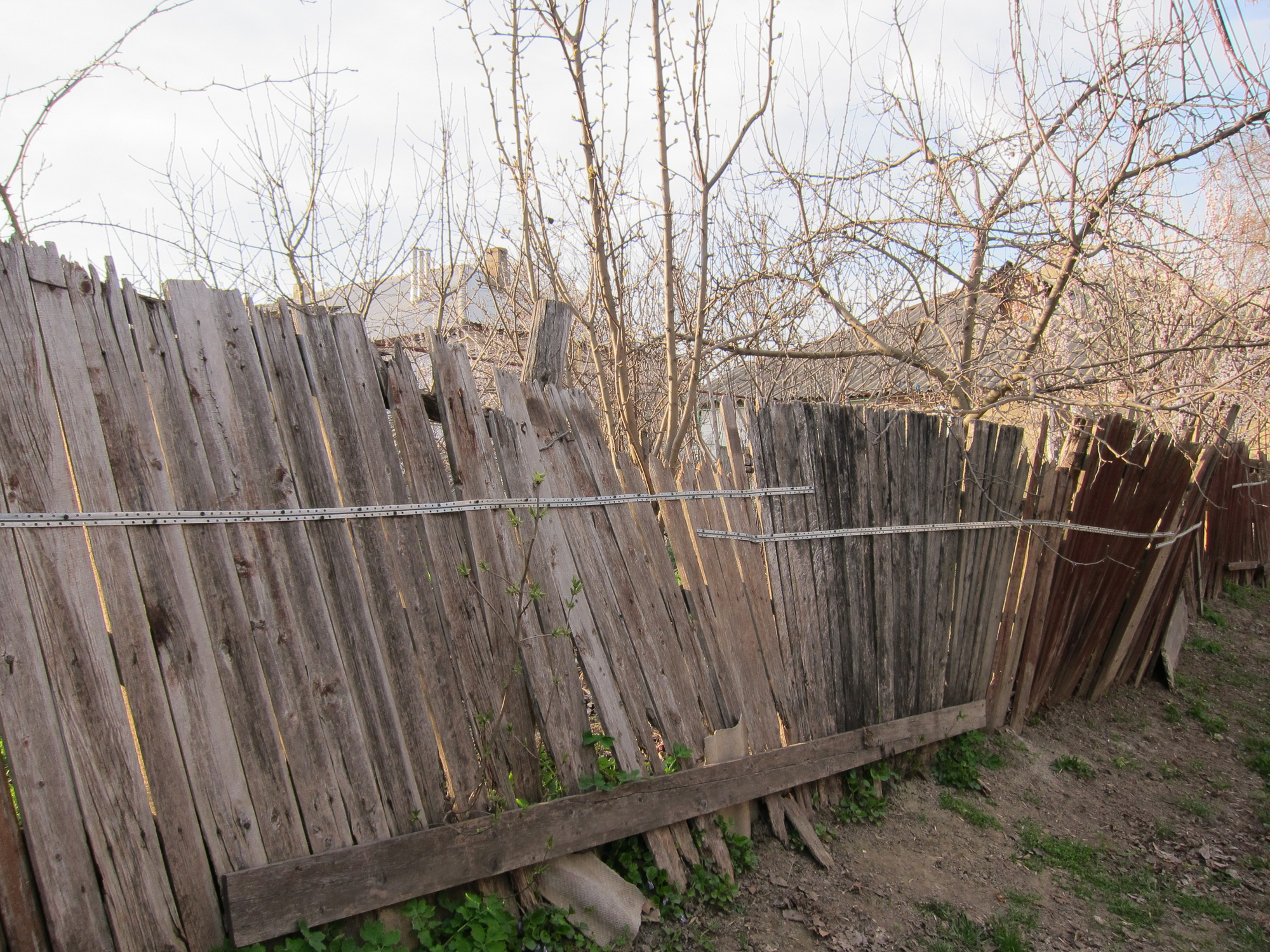 Installing a wooden fence learn how to prevent wood rot